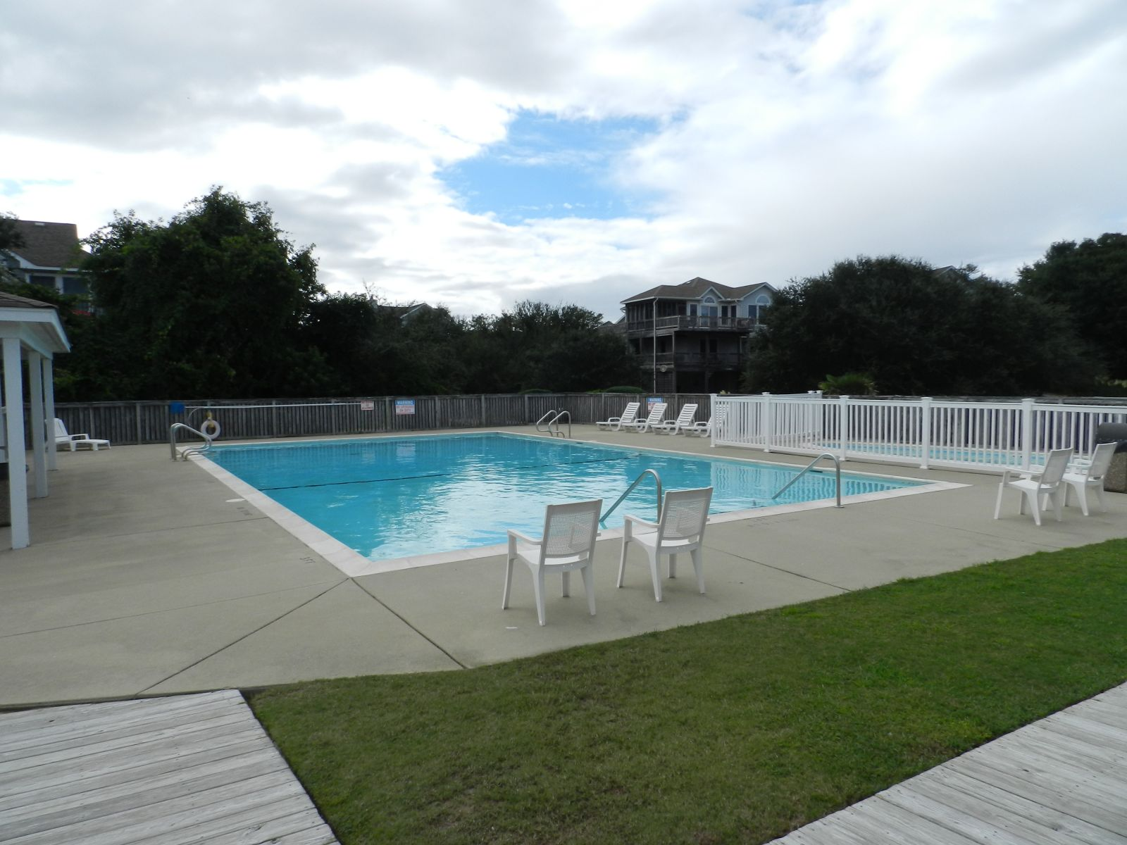 Schooner Ridge Pool